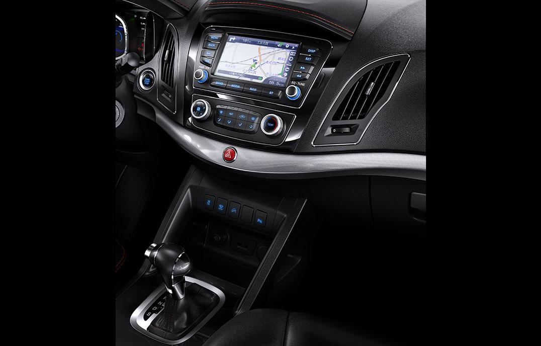 第二代瑞风S5—中控彩色大屏+GPS+车载蓝牙