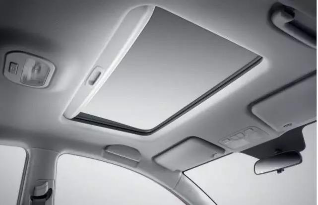 第二代瑞风S3的内饰高清图片
